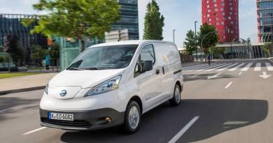La Nissan eNV200 lidera el mercado de las furgonetas eléctricas en España. Nissan e-NV200, la furgoneta eléctrica más vendida en Europa. Nissan extiende a cinco años la garantía de la e-NV200