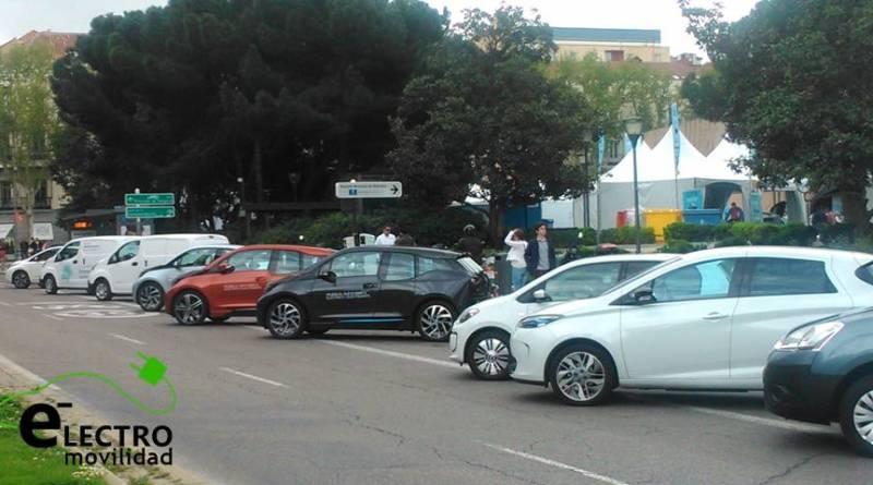 748 vehículos eléctricos vendidos durante Agosto. Las ventas de vehículos eléctricos siguen en caída libre
