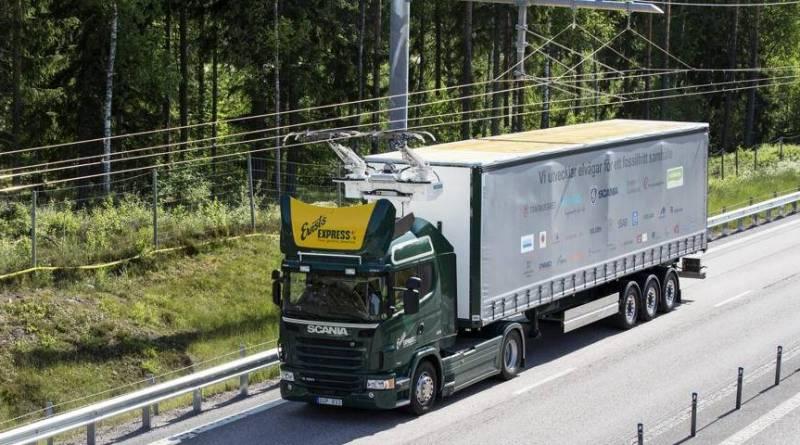 Suecia desarrolla la primera carretera eléctrica con catenarias