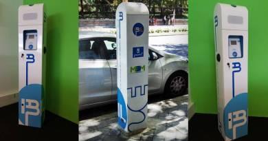 Premiado el poste de recarga de IBIL y ZIV. Poestes de recarga para vehículos eléctricos de IBIL, gestor de carga