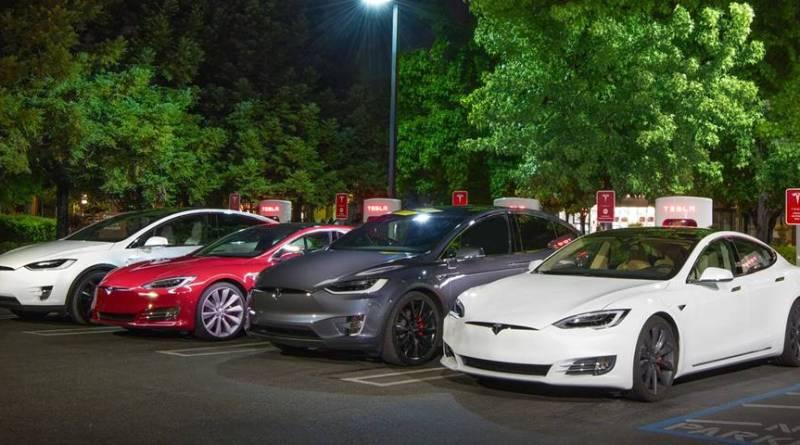 Tesla Motors y su estrategia con los minerales de la guerra. Detalles del Programa de Créditos de Supercharger Tesla. En España 0.24€/kWh. Todos los detalles del nuevo Programa de Creditos de Supercharger Tesla