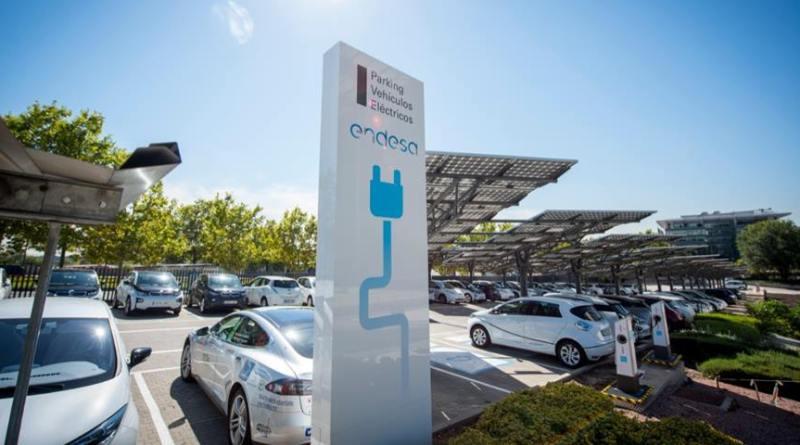 534 empleados tienen eléctrico gracias al Plan de Movilidad de Endesa. Endesa ha lanzado su plan de movilidad eléctrica para empleados