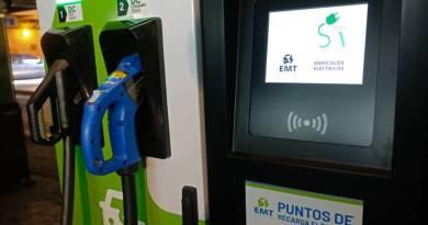 La EMT instala estaciones de recarga rápida en sus aparcamientos