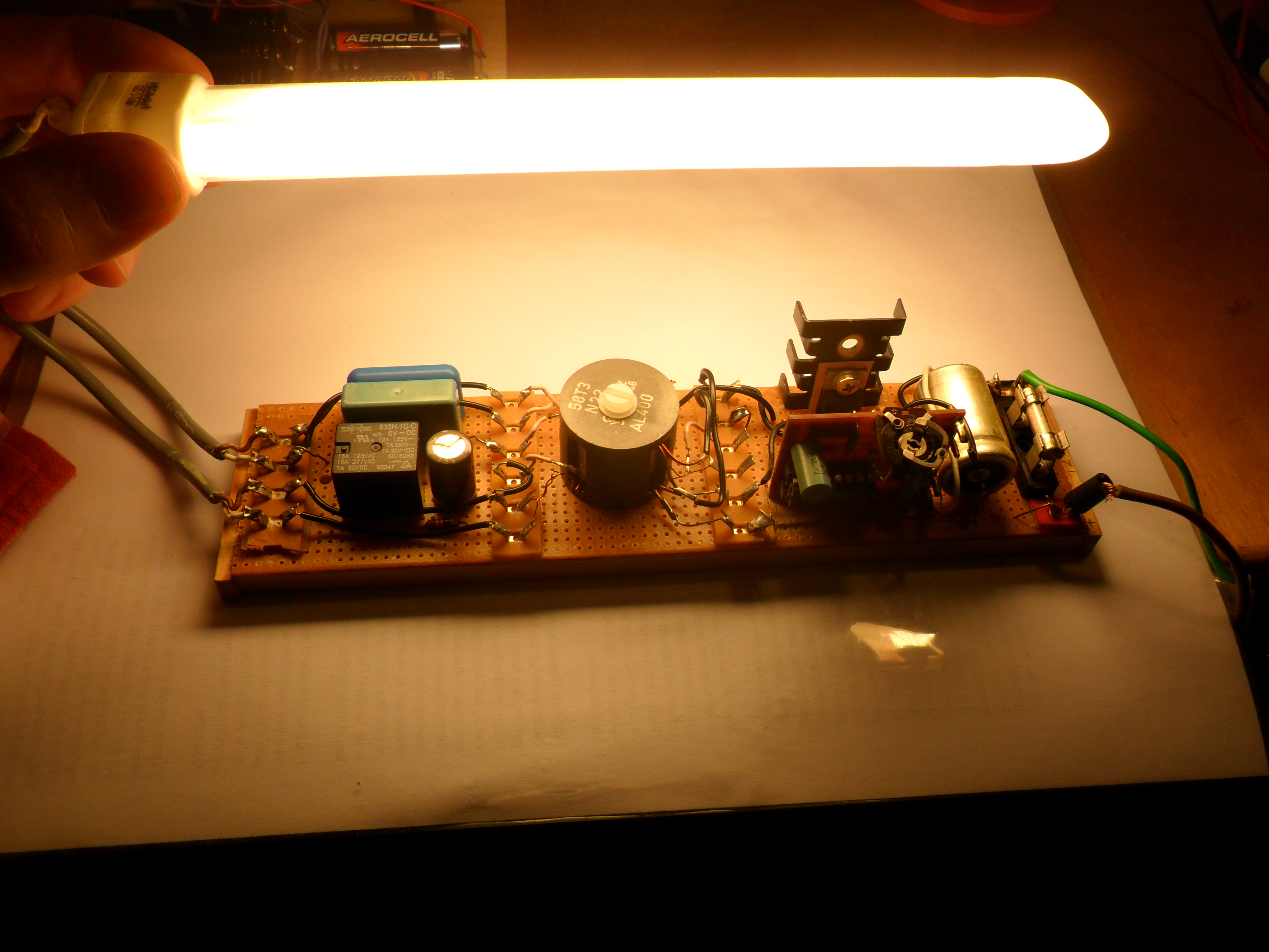 Fluorescent Lamp Starter Circuit Fluorescent Lamp Starter With Driver Circuit