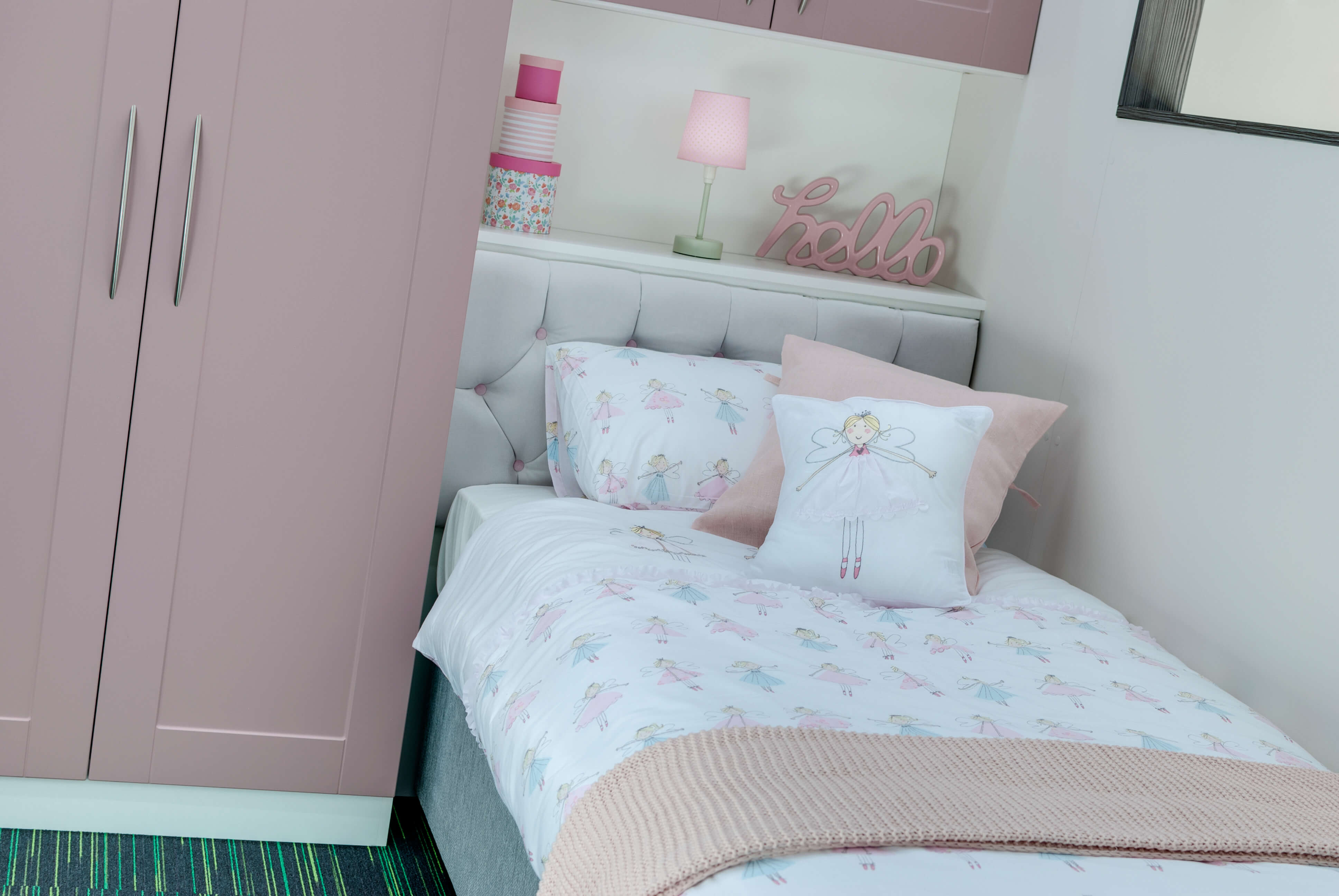 How To Fit Furniture In A Small Bedroom Elegant Bedrooms