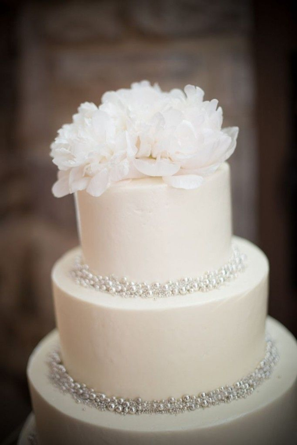Pantone Color 2016 25 Fabulous Wedding Cake Ideas With Pearls