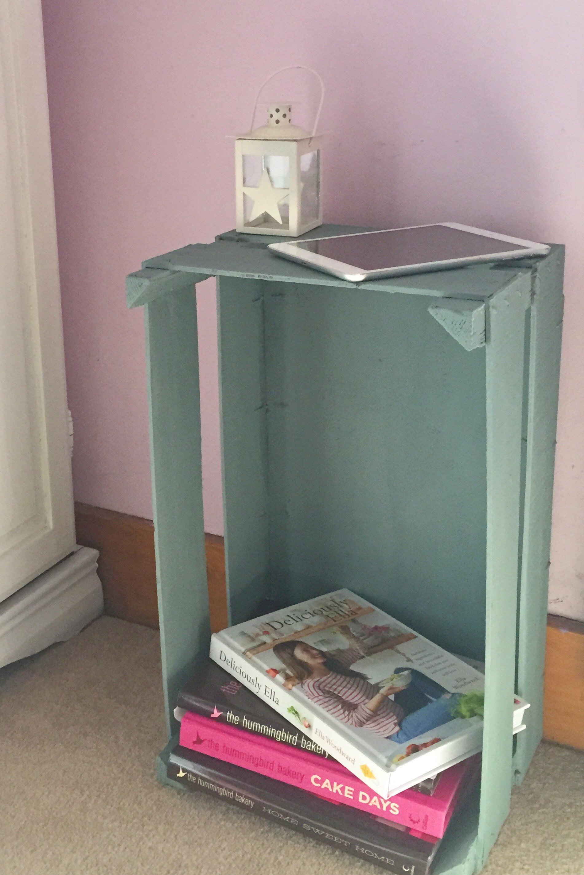 Diy Bedside Table Diy Bedside Table Elilicious