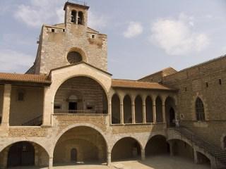 Úton Spanyolország felé - Perpignan Palais des Rois Majorque, belső udvar