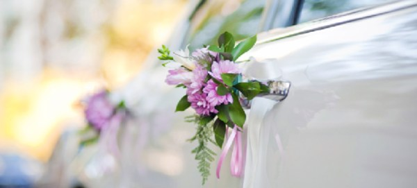 flowers on chicago limousine door