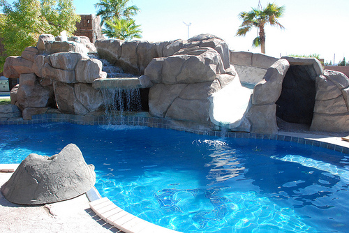 10 Great Reasons Why You Should Choose a Viking Fiberglass Pool