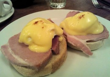 Guildhall eggs benedict