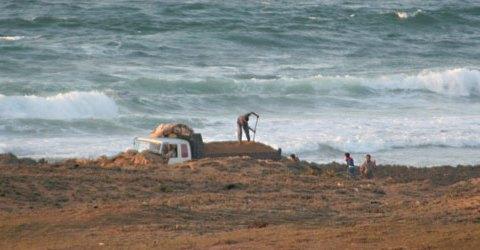 Après la gendarmerie de Sidi Bouzid, celle d'Oualidia, annonce à son tour l'arrestation d'une bande spécialisée dans le pillage du sable