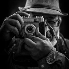 Abdelkader Badou,photographe de l'abstraction
