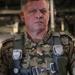 Καταρρίπτεται-Ο βασιλιάς που παράτησε τα παλάτια και την όμορφη γυναίκα του Ράνια της Ιορδανίας για να πολεμήσει το ISIS