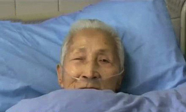 VID: Chinese Woman Wakes from Coma Only Speaking English