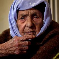 بعد 110 سنوات في كوباني .. العجوز ليلى تأمل لقاء حفيدتها في ألمانيا