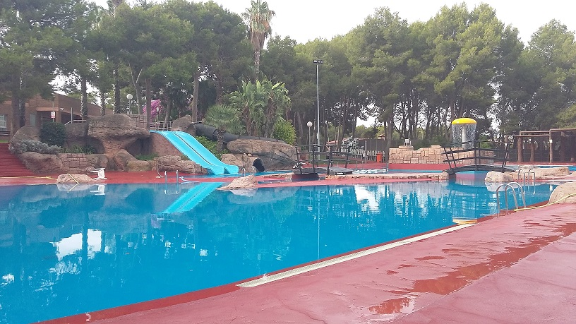 Noticias de torrent el meridiano l 39 horta for Piscina municipal manises