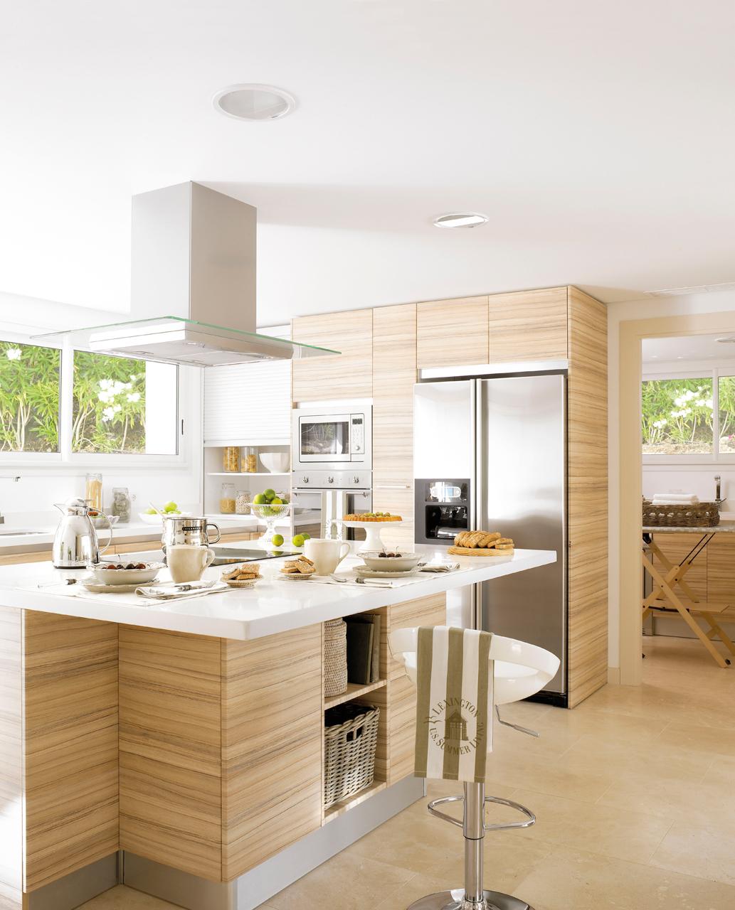 Muebles De Cocina Con Isla | Islas Para Cocinas Pequeñas 179052 ...