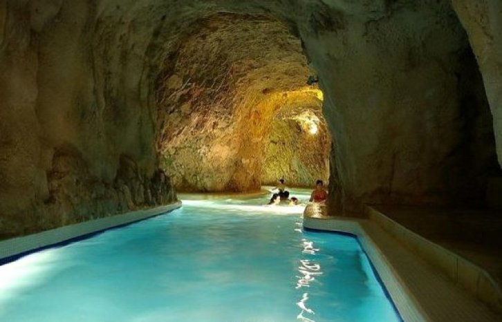 Cave Baths, Hungary