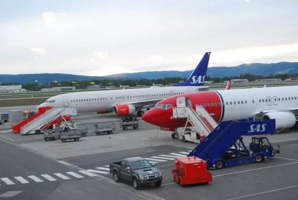 Aviones de SAS en el aeropuerto de Gardermoen en Oslo