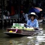 Fotos del mercado flotante de Damnoen Saduak, bebidas y cocos