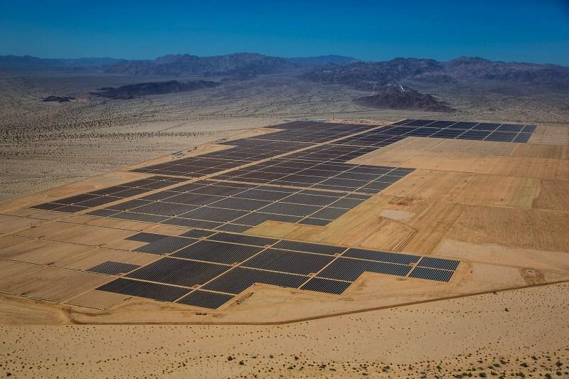 Vista aérea de la planta Desert Sunlight, en California. FOTO: First Solar