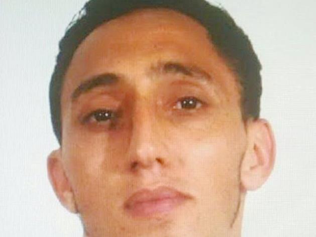 Policía identifica a presunto autor del atentado terrorista — Barcelona