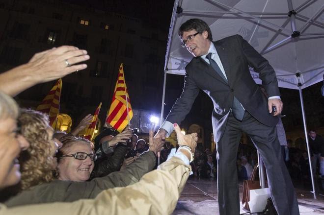 España: Envían más policías a Cataluña
