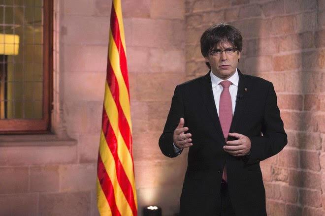 Gobierno de Cataluña defiende el referéndum