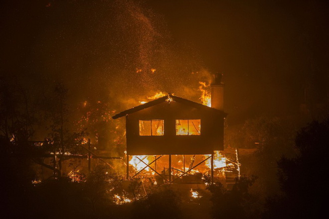 Trump declara emergencia en California por incendios