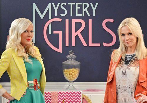 Mystery Girls, la vuelta de Tori Spelling y Jennie Garth