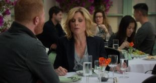Modern-Family-Season-6-Episode-23-10-a60c