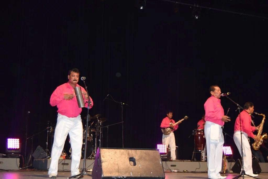 Durante el evento destacó la participación de Los Kumbers, directamente desde Hacienda de Cabañas, con todo su ritmo.
