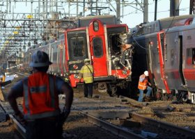 Colisin de trenes deja 60 heridos en EEUU