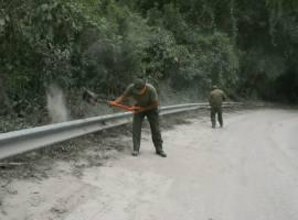 A la baja actividad volcánica de El Colima