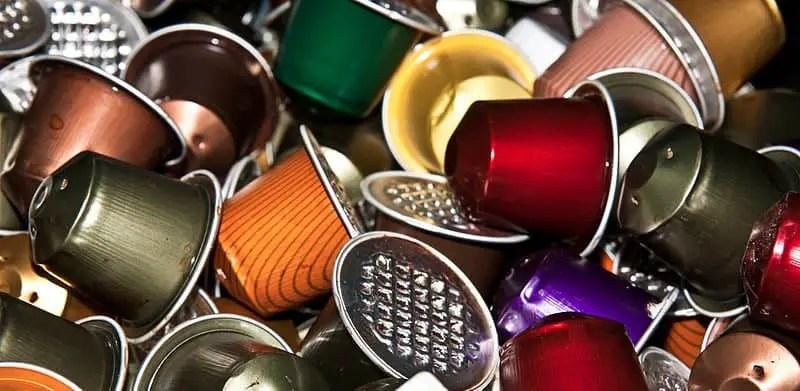 800px-Coffee_capsules_-_anieto2k