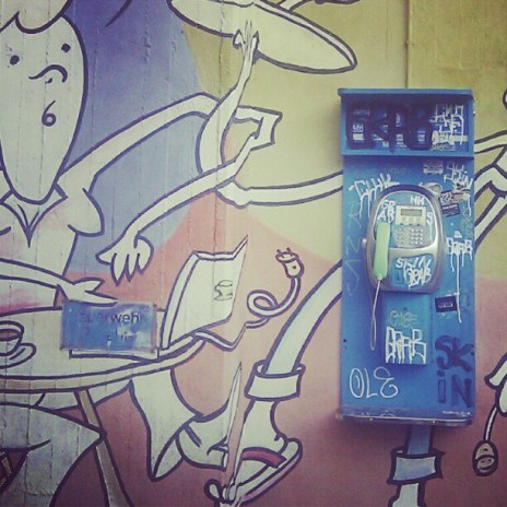 instagram for android graffiti & old phone