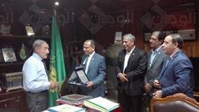 اللواء عمرو عبد المنعم يلتقى وفد حزب حماة الوطن بالقليوبية