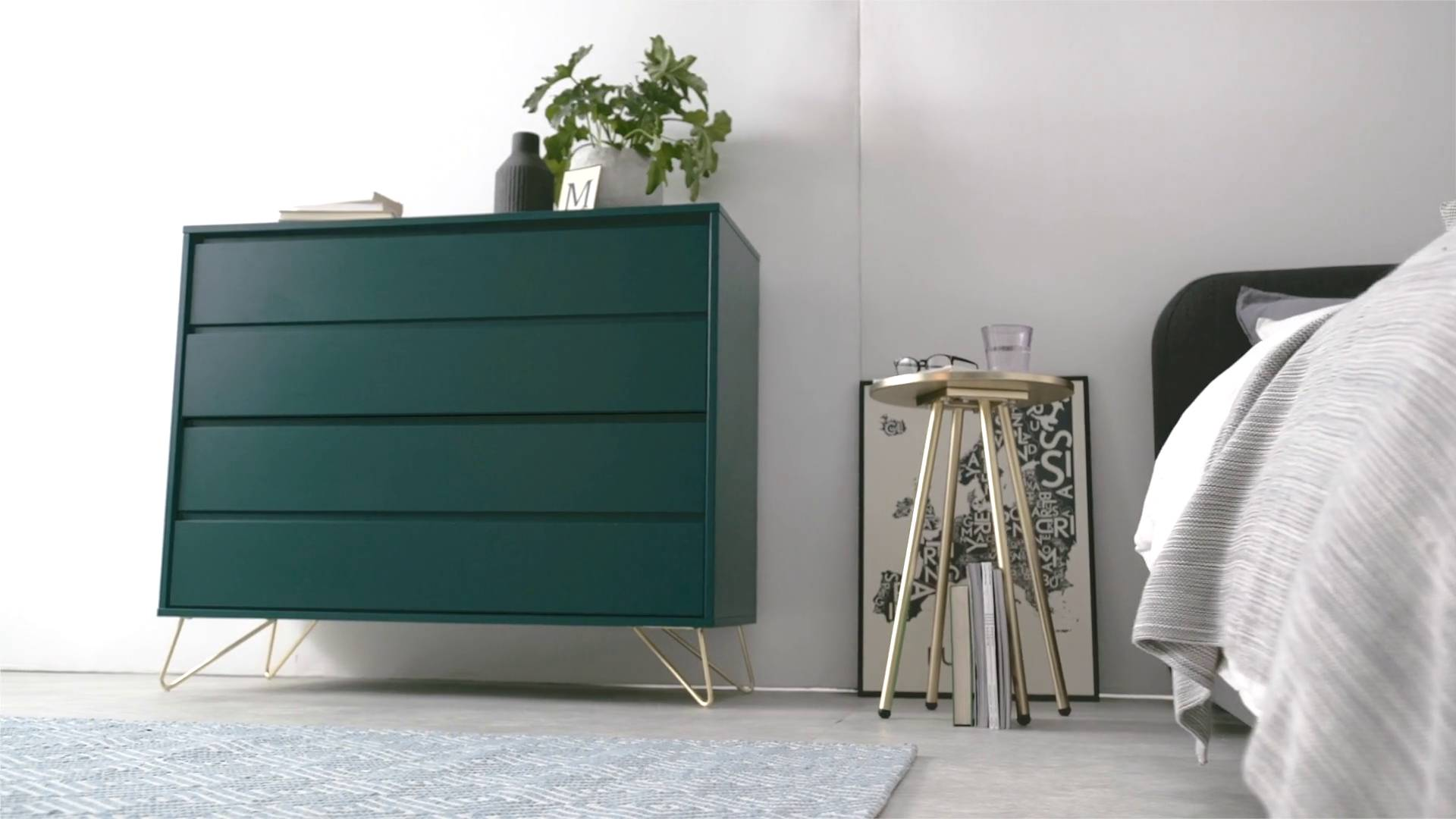 Wohnen Lansdowne Kommode Walnuss Und Fischreihergrau Made Elona Chest Of Drawers Green