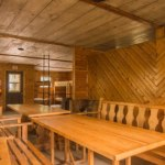 Dining area in the Coenen Cabin