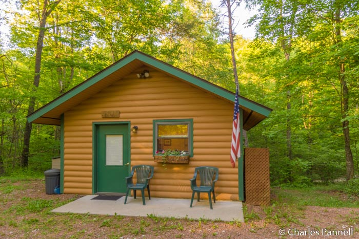 A Romantic Retreat in Ohio's Hocking Hills