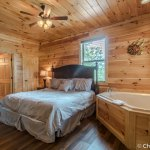 Whirlpool bedroom at Sweet Memories Cabin