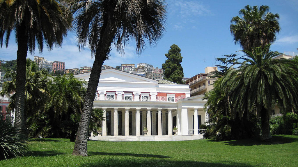 The Villa Pignatelli and its garden in Naples, Italy,By jzpresto (Villa Pignatelli) [CC BY 2.0 (http://creativecommons.org/licenses/by/2.0)], via Wikimedia Commons