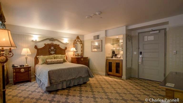 A Trio of Accessible Romantic Retreats