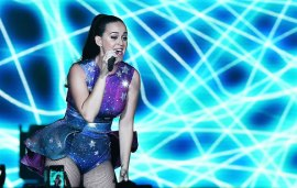 Katy Perry Performs Live In Dubai At exclusive Event