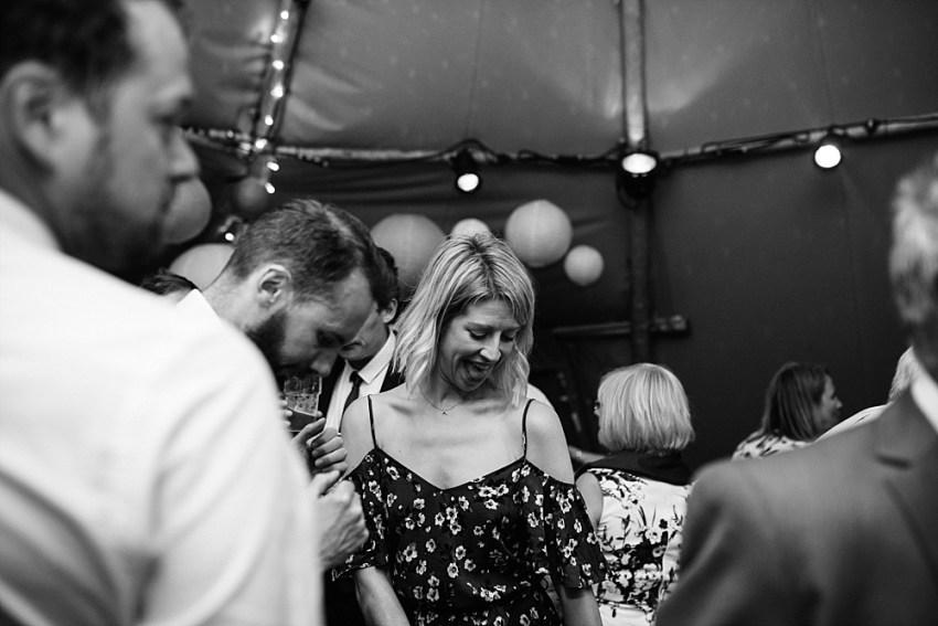 tros_yr_afon_wedding_anglesey_0050 A TROS YR AFON WEDDING IN ANGLESEY | JO & LEWIS