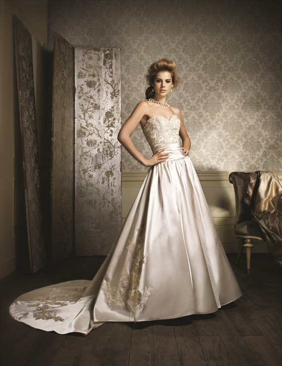 Vintage Inspired Wedding Gowns by the Alfred Angelo 2014 Collection - 1980s inspiration