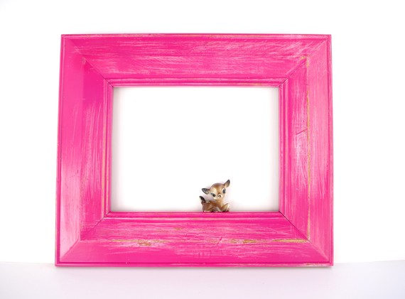 hot pink picture frame photo booth