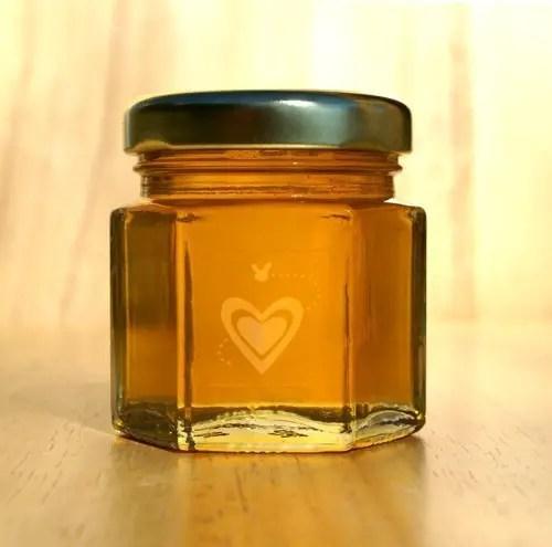 honey themed wedding - honey favor jar