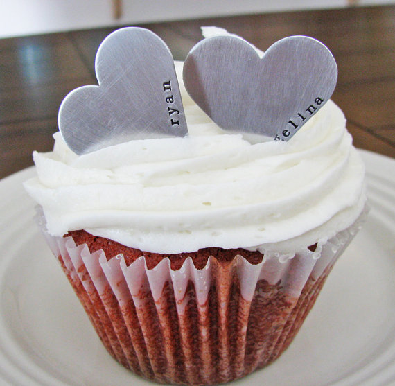 cupcake heart topper